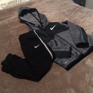 Boy's Nike sweatsuit